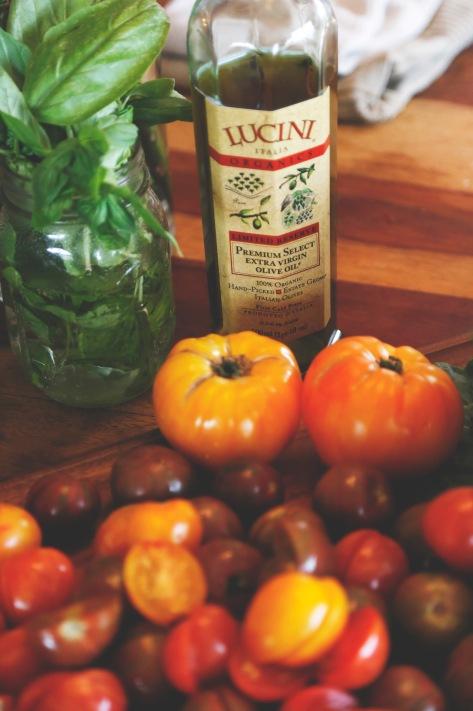 p-038-oliveoil-tomatoes_sedona-melissa_67a3197