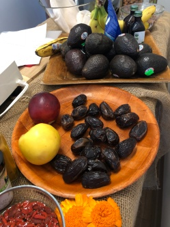 A-avocado-dates-IMG_3366