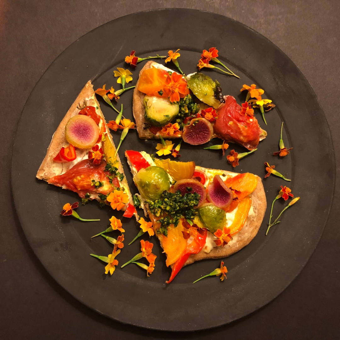 A-flatbread-plate-triangle-top-IMG_0762