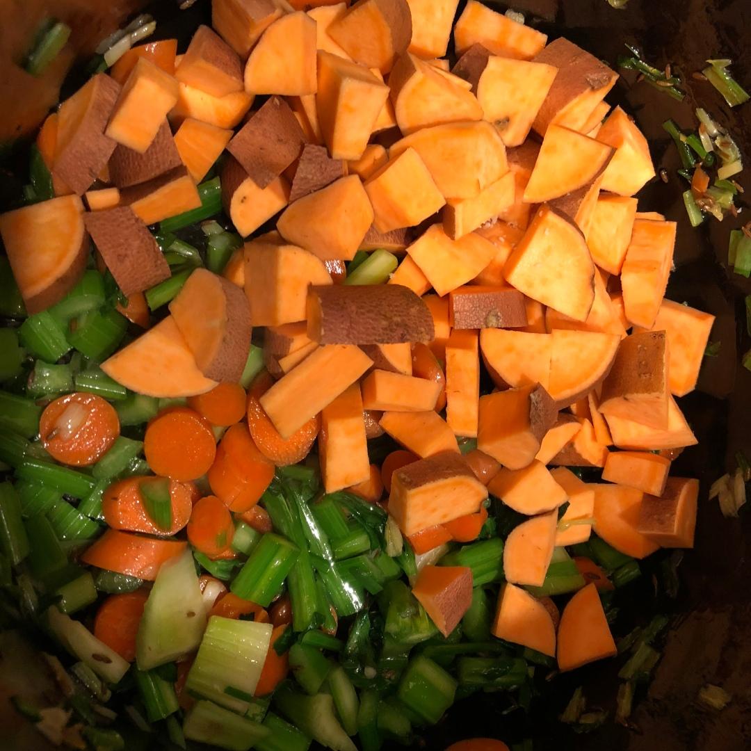 B-lentil-quinoa-soup-IMG_9767