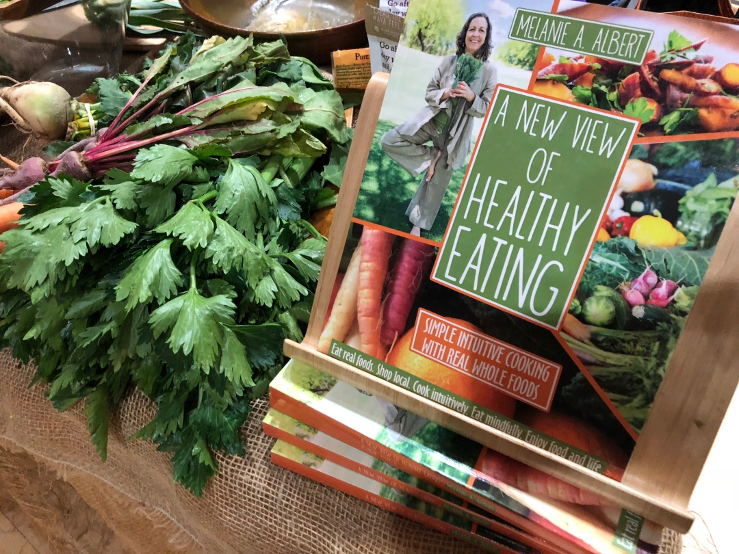 A-NewViewofHealthyEatingBook-IMG_3587