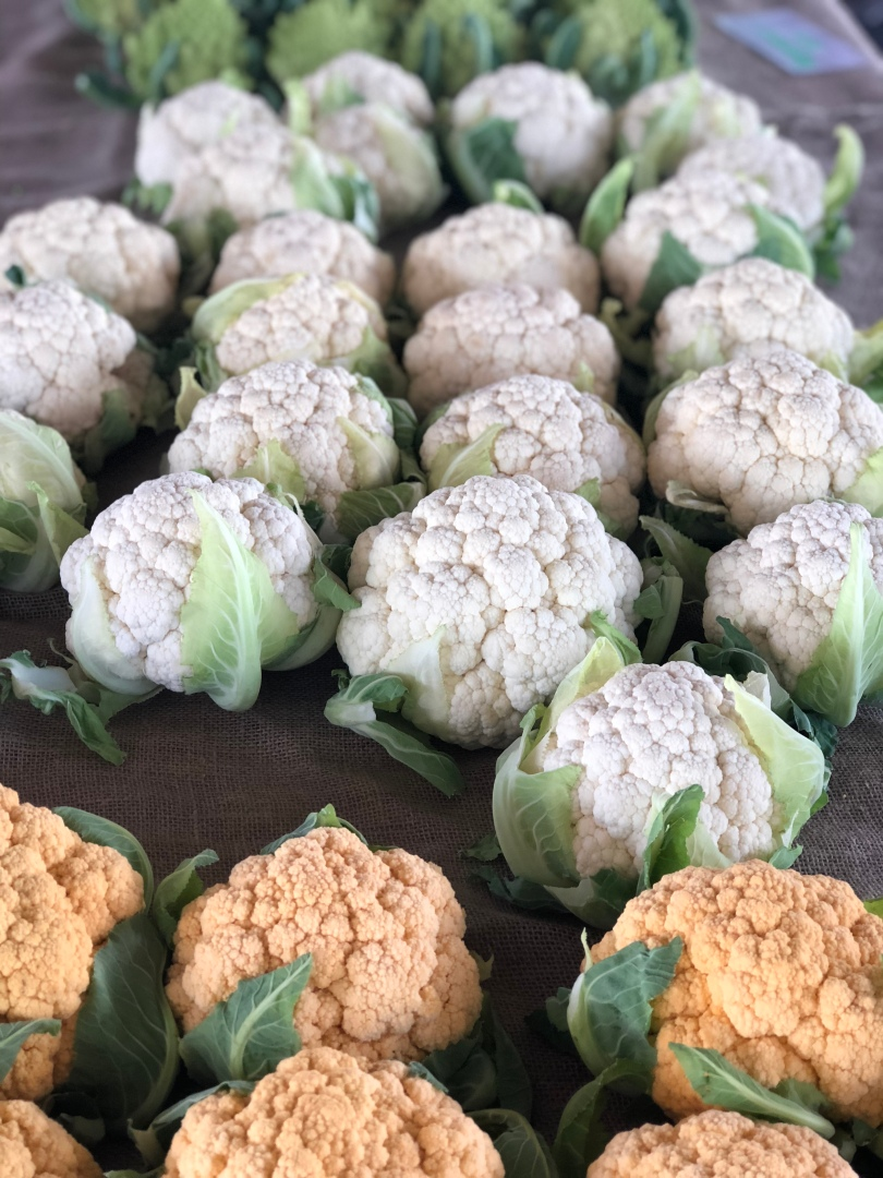 A-veg-cauliflower-orange-white-Bluesky-IMG_E4676