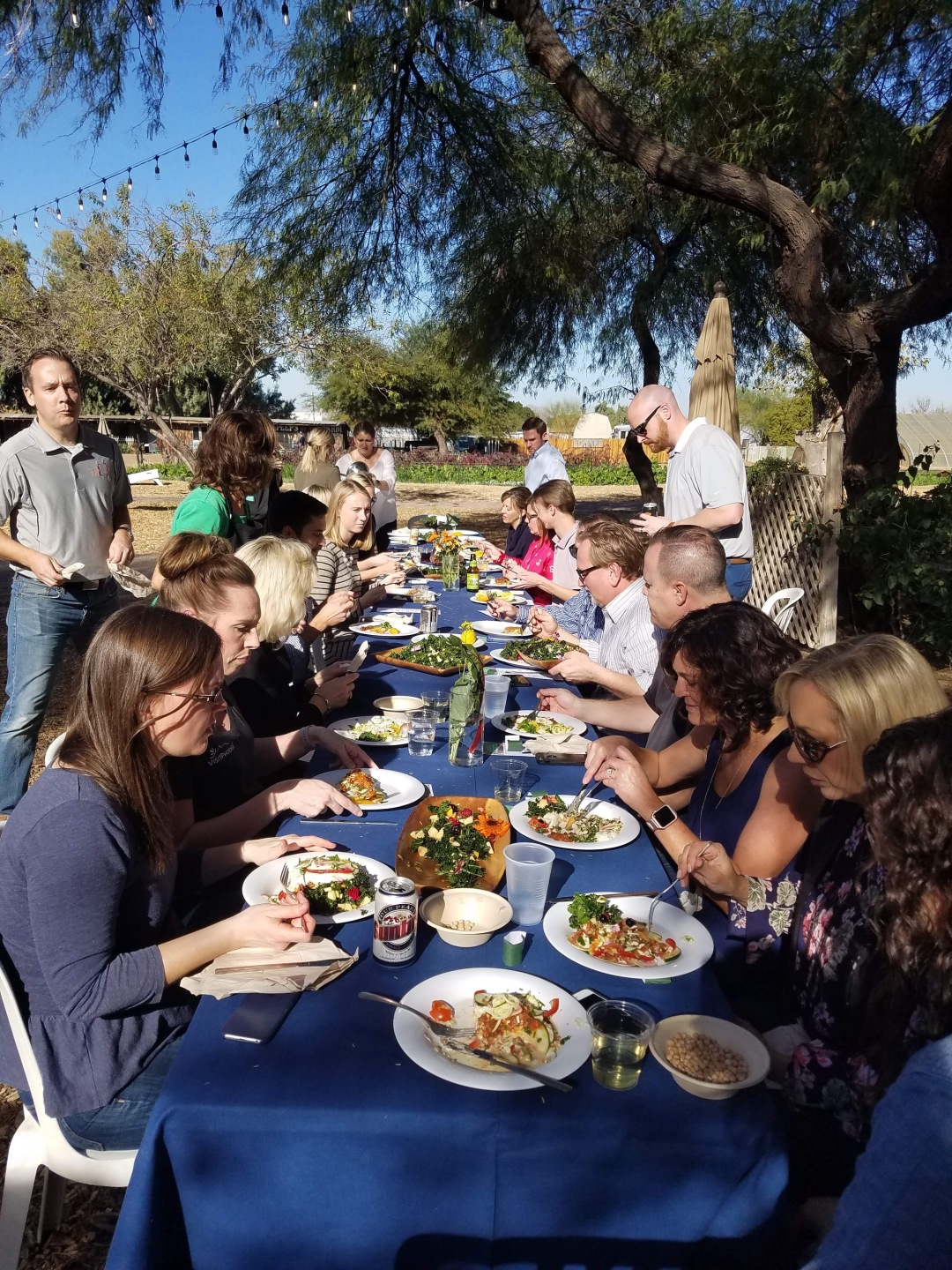 A-11-VisitPhoenix-ExperienceNutrition-TeamBuilding-Eating-IMG_2116